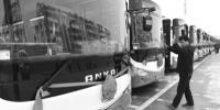合肥:新能源公交保春运出行 - 中安在线