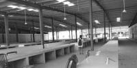 合肥王岗农贸市场闲置数年 社居委:准备启动运营招标 - 安徽网络电视台